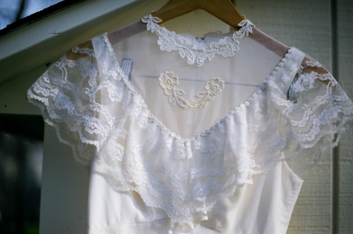 my moms vintage wedding dress-37410027