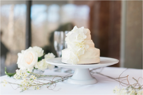 elkridge furnace inn white wedding themed shoot