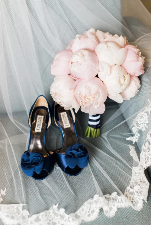 blue-badgley-mischka-heels